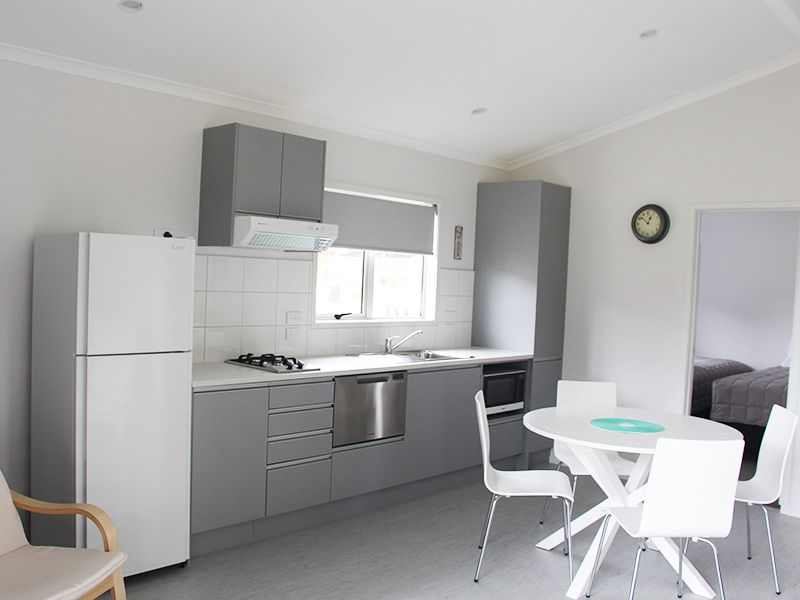 2 Bedroom Self Contained Kitchen Foxton Beach